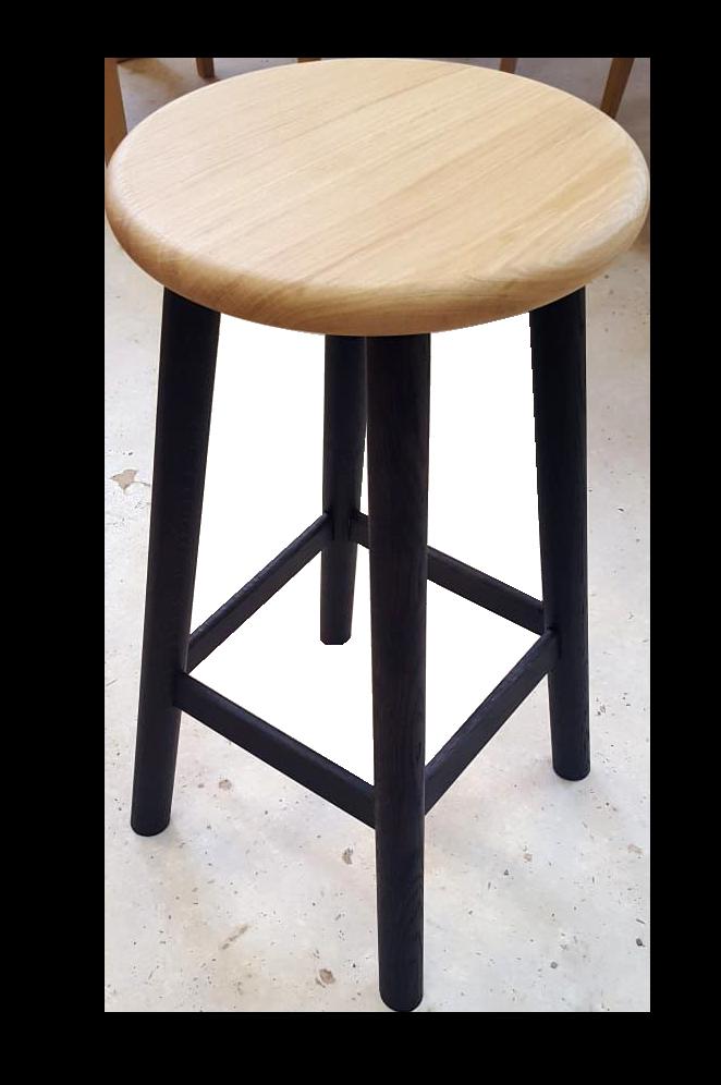 tabouret en bois style industriel tabouret bois snack industriel le petit tabouret de bar en. Black Bedroom Furniture Sets. Home Design Ideas